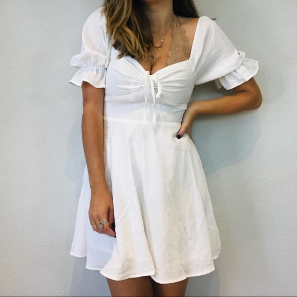 re:named Dresses & Skirts - NWT boutique white boho puff sleeve peasant dress